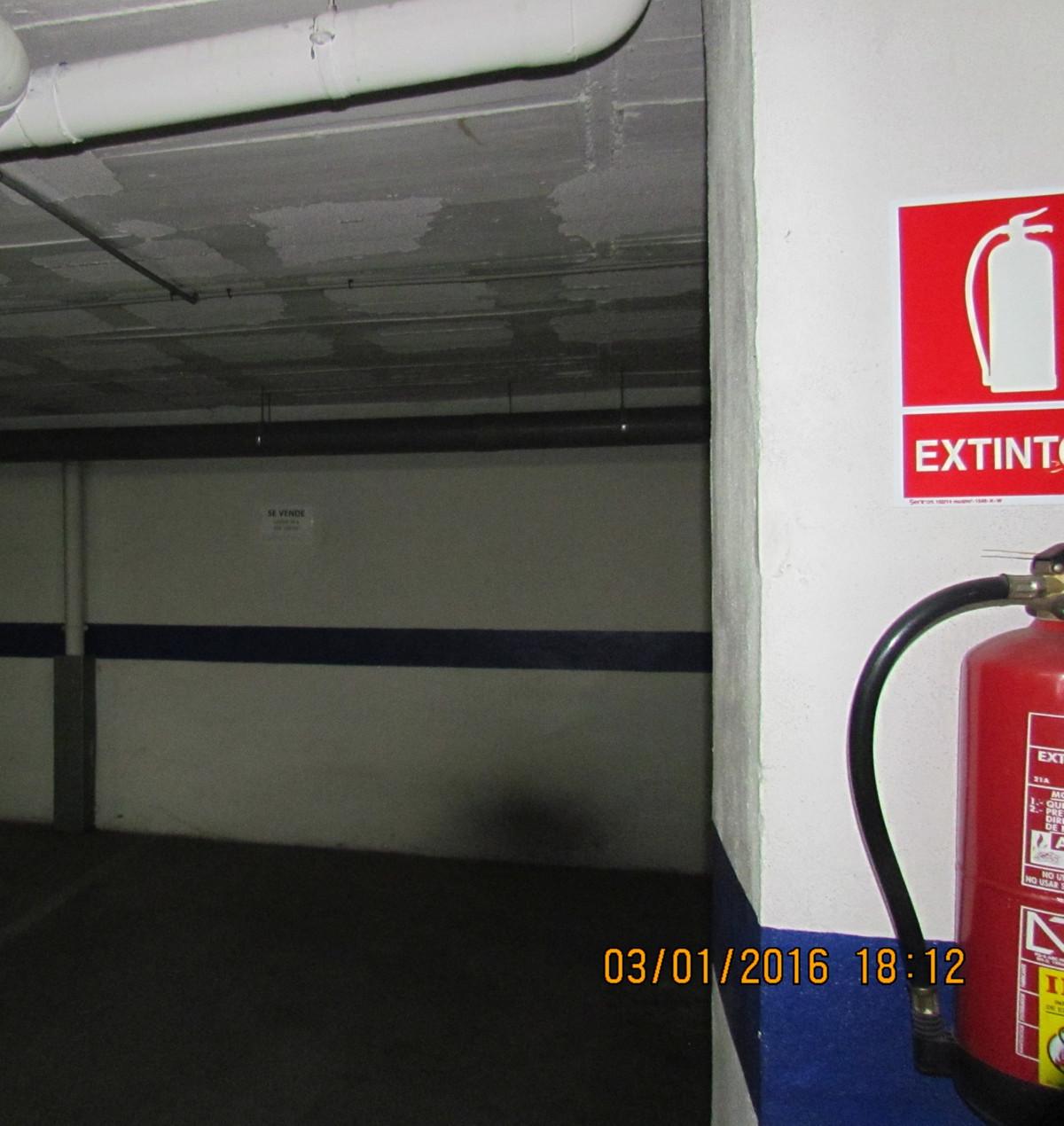 Comercial Garaje 0 Dormitorio(s) en Venta San Pedro de Alcántara