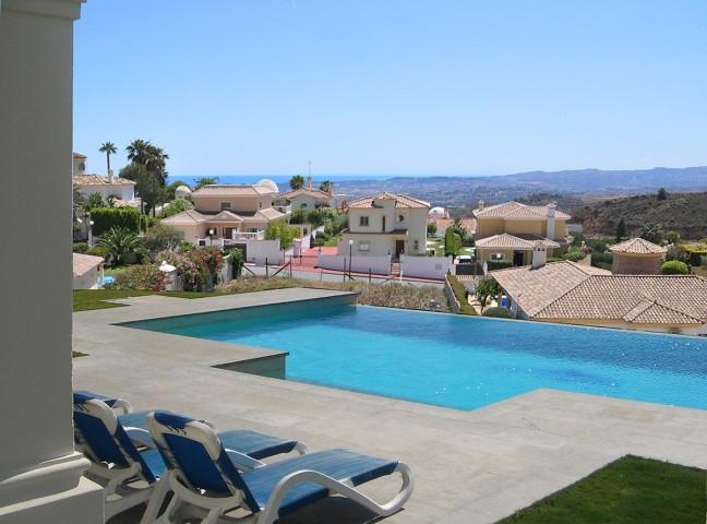 3 Bedroom Plot For Sale - Costa del Sol