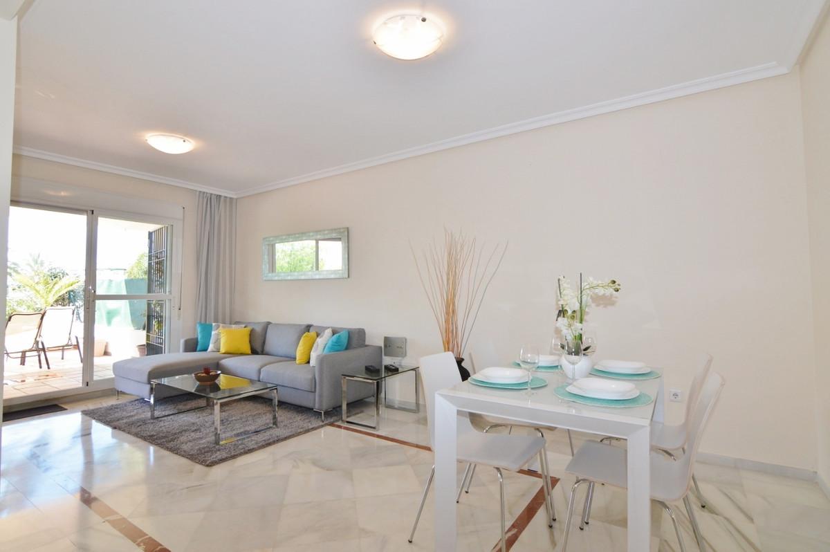 2 Bedroom Ground Floor Apartment For Sale Nueva Andalucía