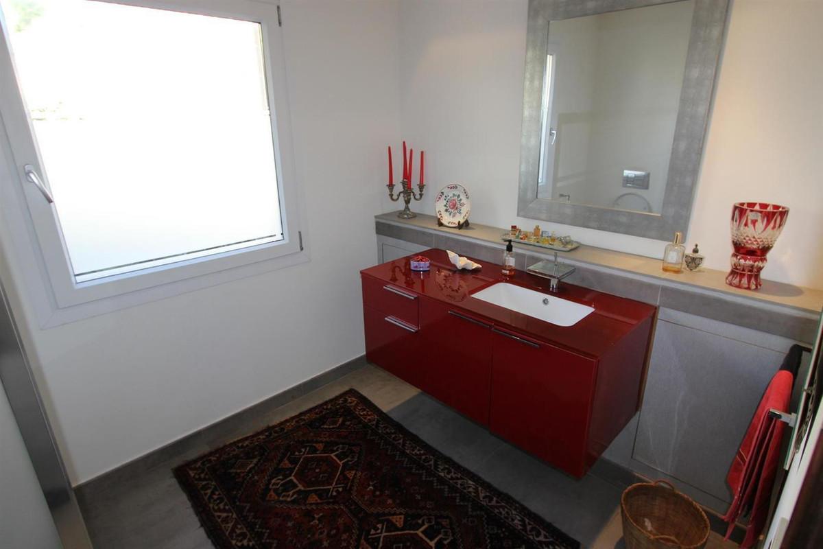 5 Bedroom Villa for sale Los Arqueros