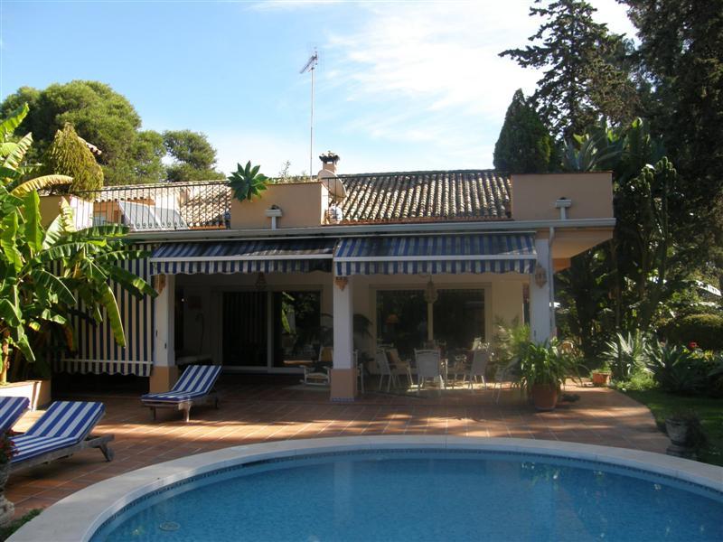 Villa Te Koop - Cancelada