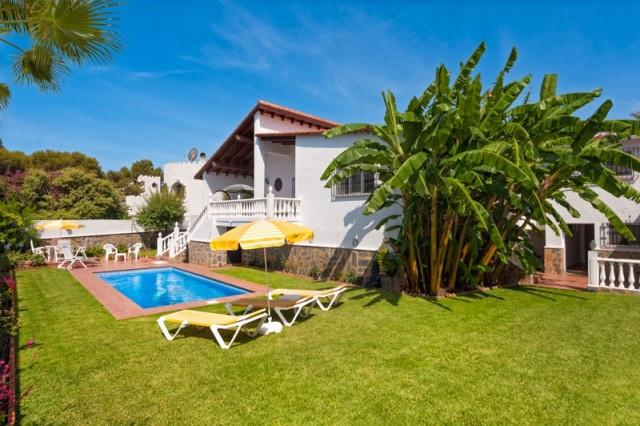 4 bed villa for sale torrenueva