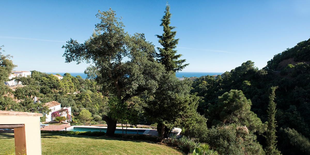 4 Bedroom Detached Villa For Sale El Madroñal