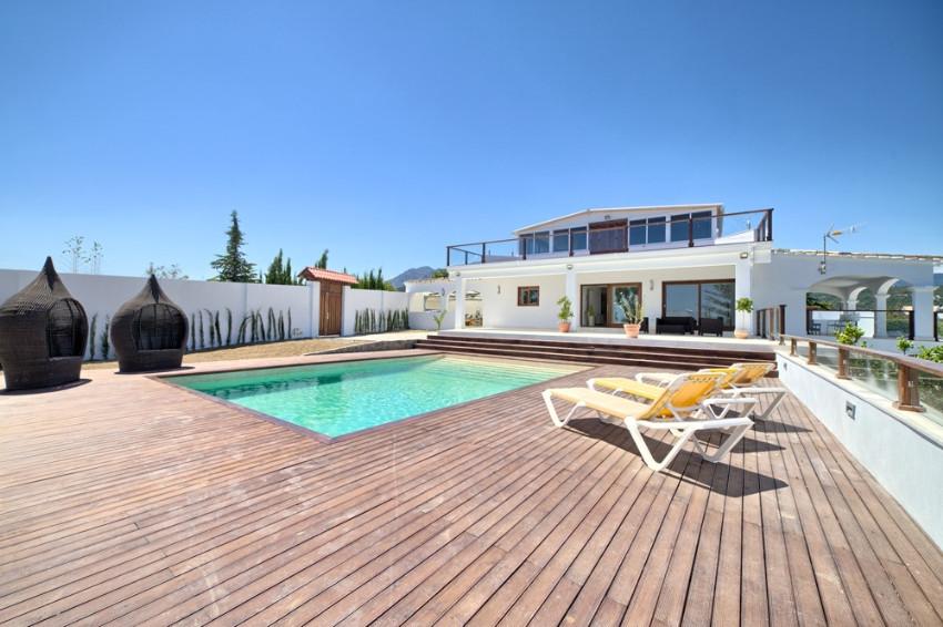 4 bed villa for sale estepona