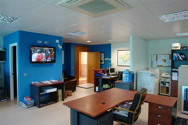 Ref: 160452 0 Bedrooms Price 450,000 Euros