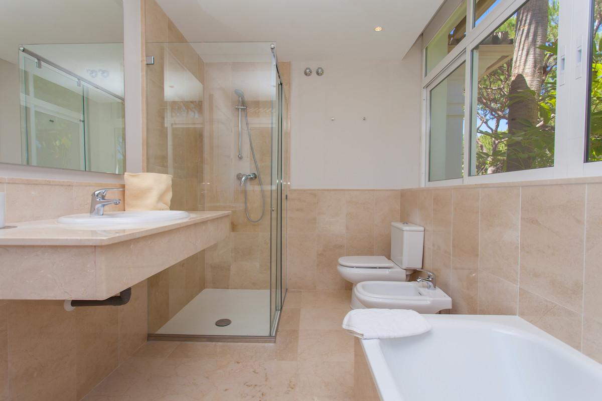 7 Bedroom Villa for sale Hacienda Las Chapas