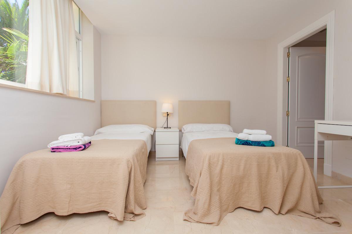 Villa con 7 Dormitorios en Venta Hacienda Las Chapas