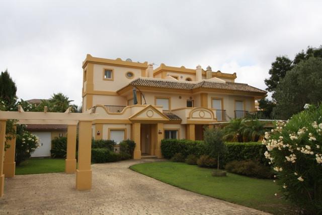 Villa Te Koop - San Roque
