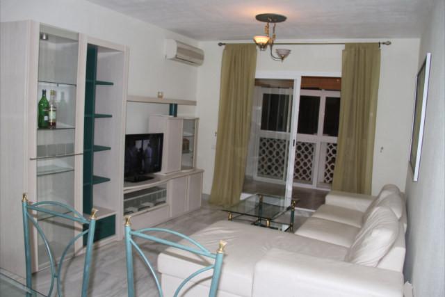 Apartamento con 3 dormitorios - Torremolinos