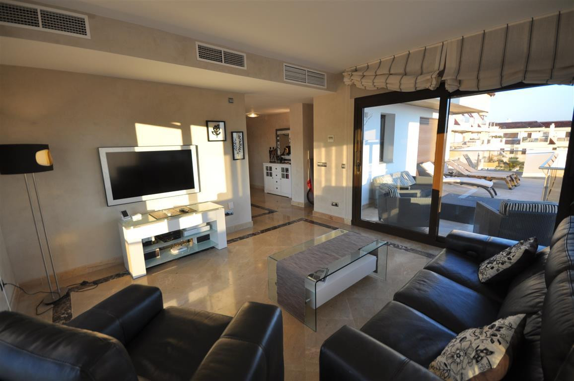 2 Bedroom Apartment for sale San Luis de Sabinillas