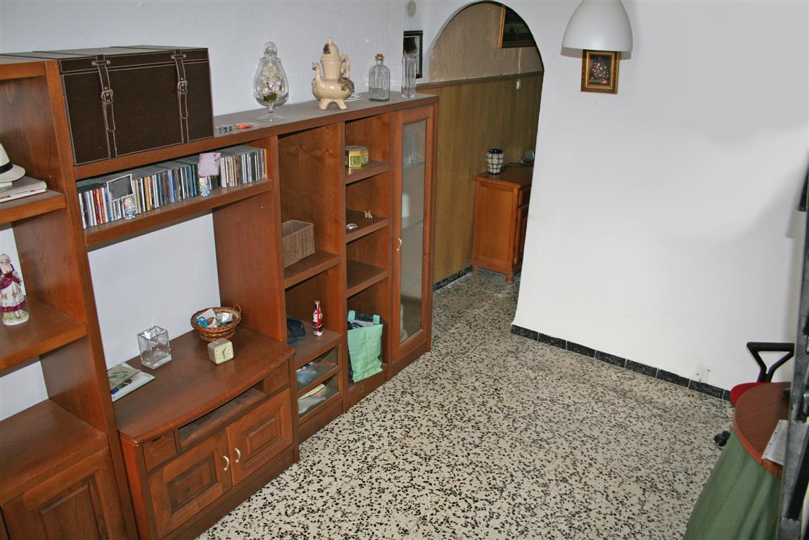 Rijhuis te koop in Coín R2935565