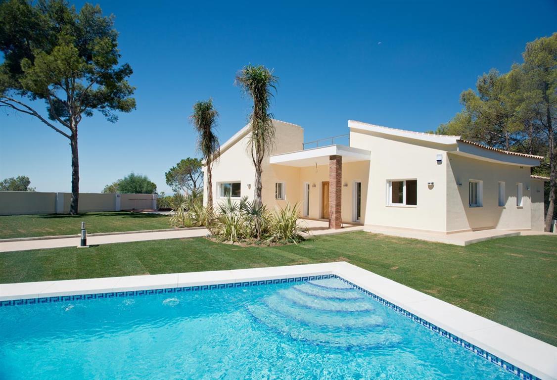 4 Bedroom Villa For Sale