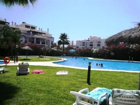Apartamento con 2 dormitorios - Nueva Andalucía