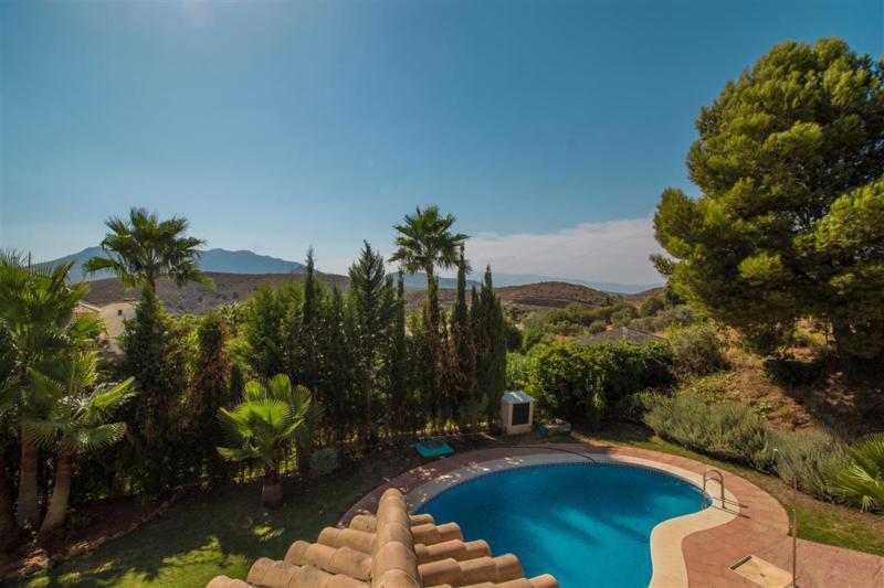 Villa te koop in Alhaurin Golf R692585