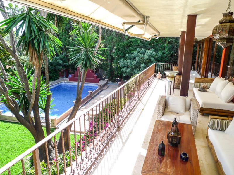 5 bed villa for sale sierra blanca