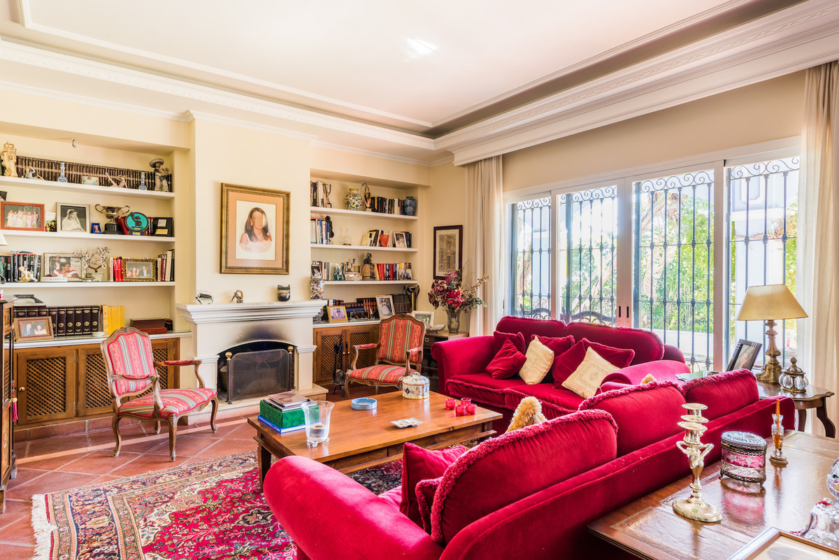 3 Bedroom Detached Villa For Sale Marbella