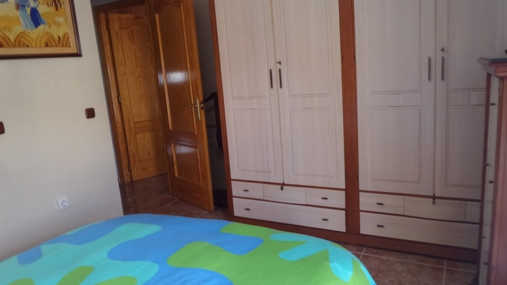 5 bedroom Townhouse