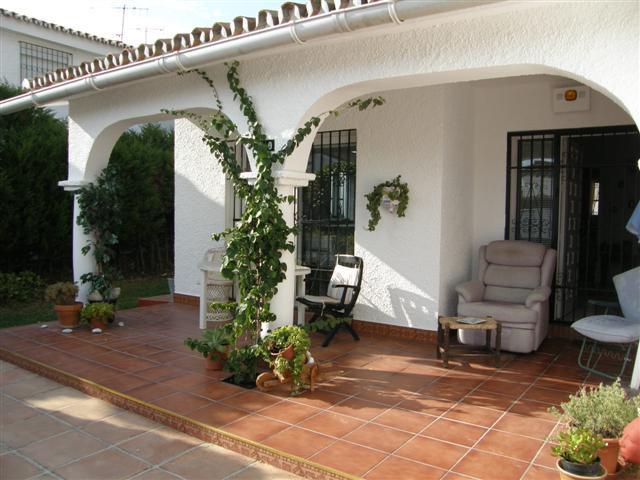 Villa 3 Dormitorios en Venta Costalita
