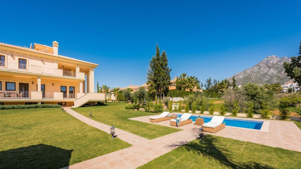 Villa 5 Dormitorios en Venta The Golden Mile