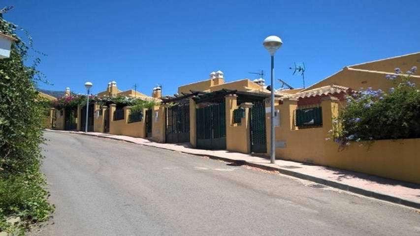 3 bedroom townhouse for sale torreblanca