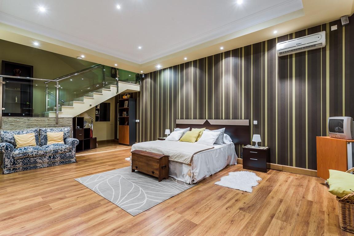 5 bedroom townhouse for sale torrequebrada