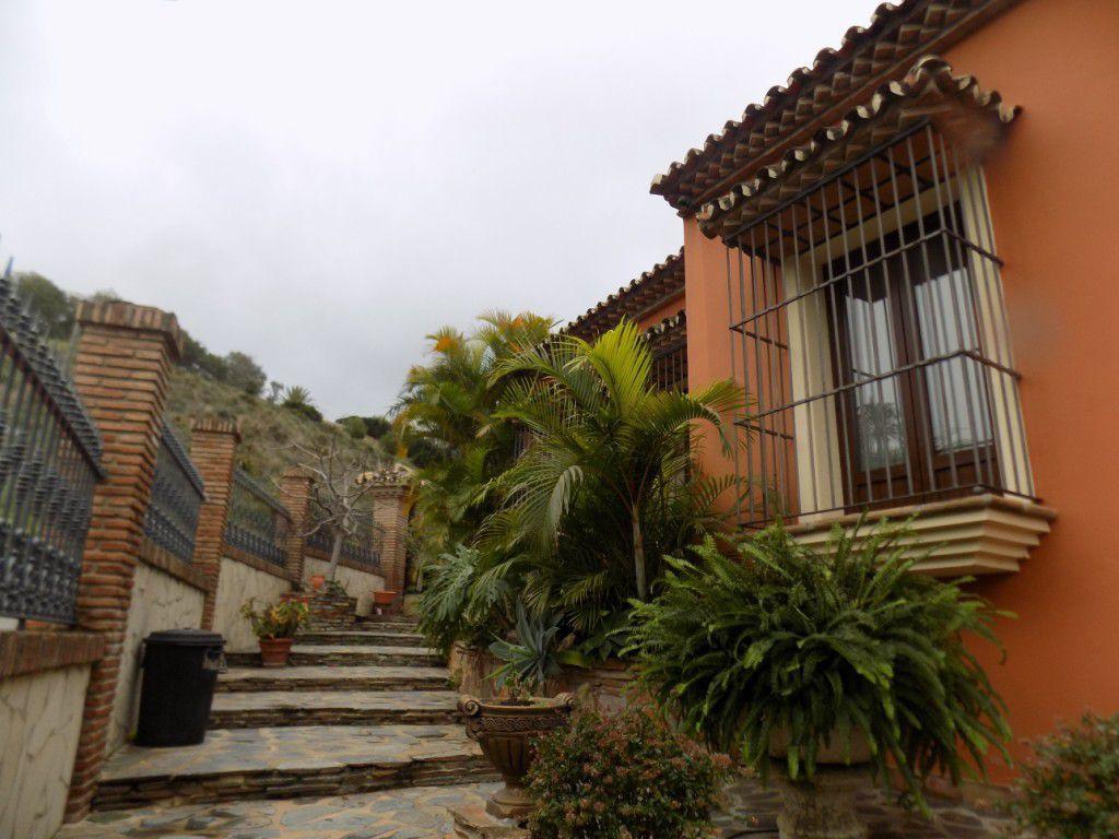 Villa con 4 dormitorios - Marbella