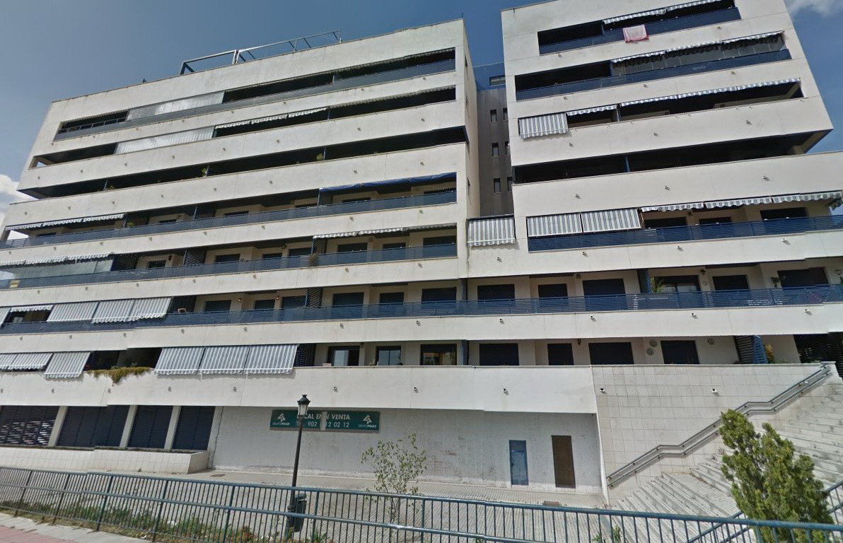 Comercial Garaje 0 Dormitorio(s) en Venta Estepona