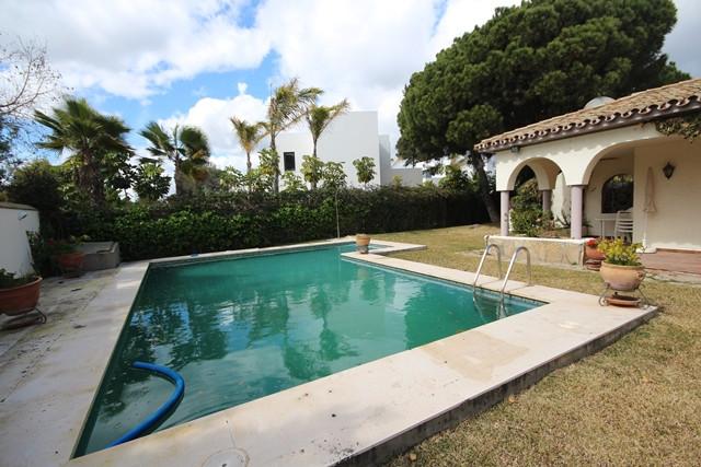 3 bedroom villa for sale el paraiso