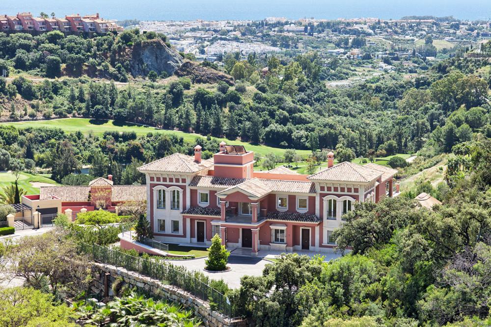 9 bedroom villa for sale benahavis