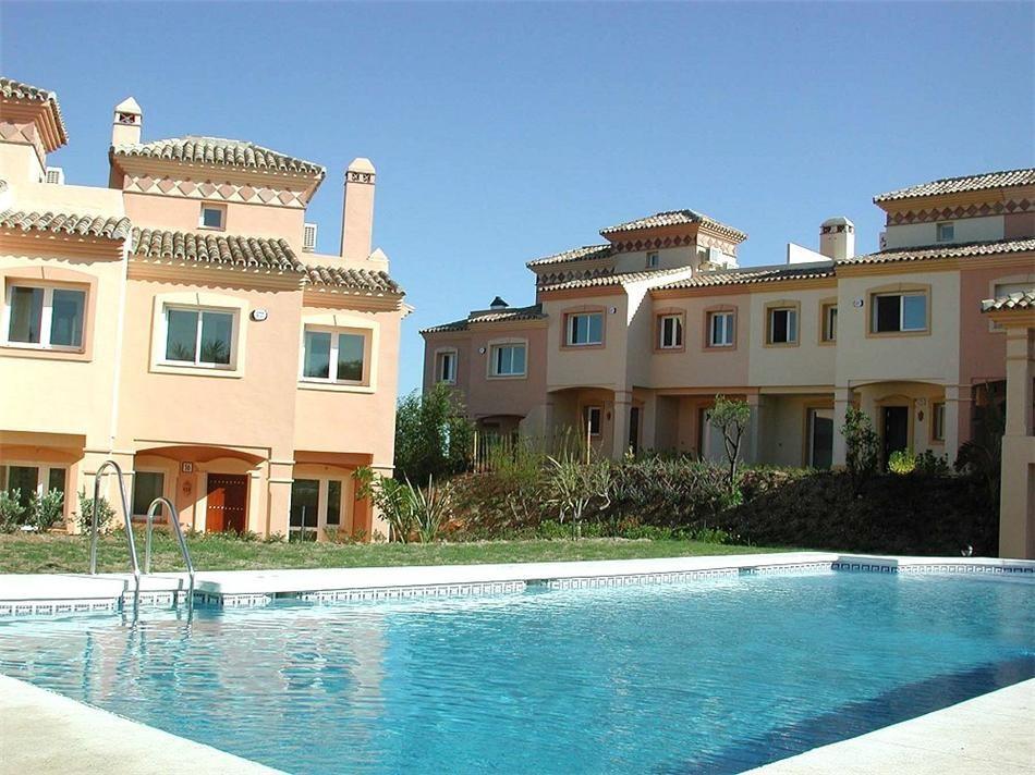 Unifamiliar 6 Dormitorios en Venta Marbella
