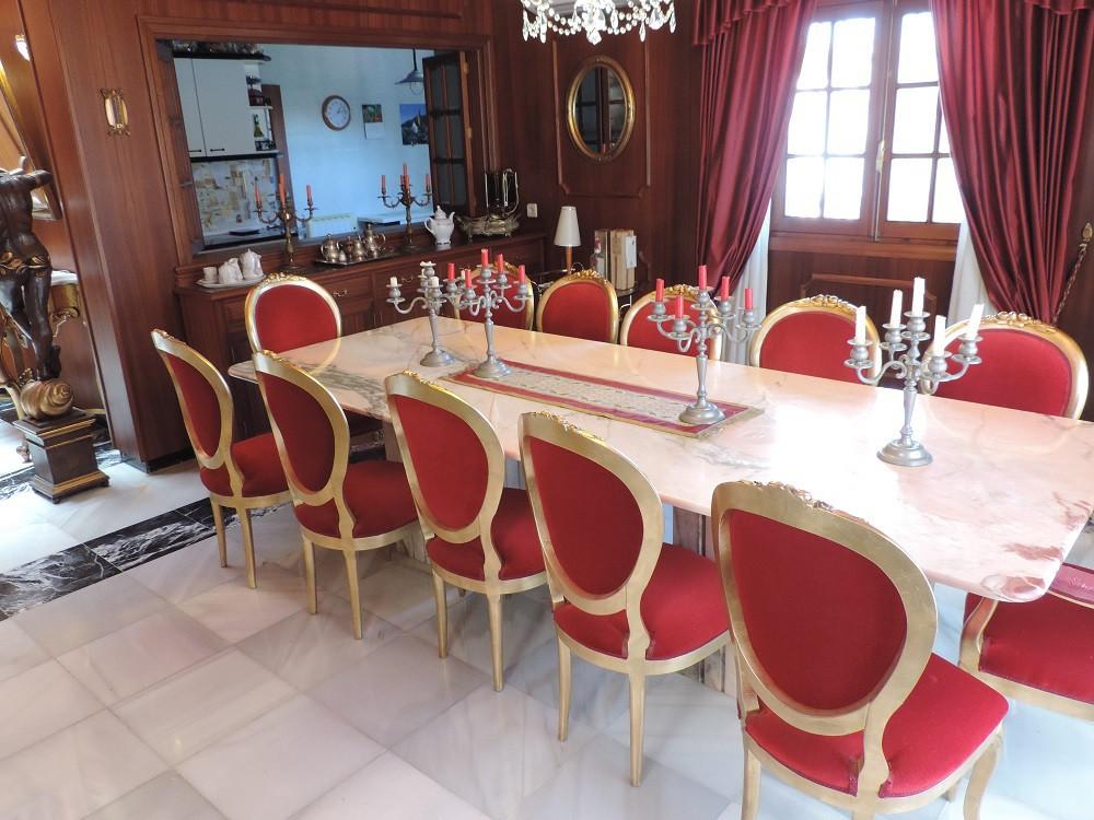 Villa te koop in Estepona R2738780