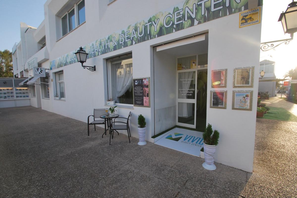 Comercial en Venta en Guadalmina Alta