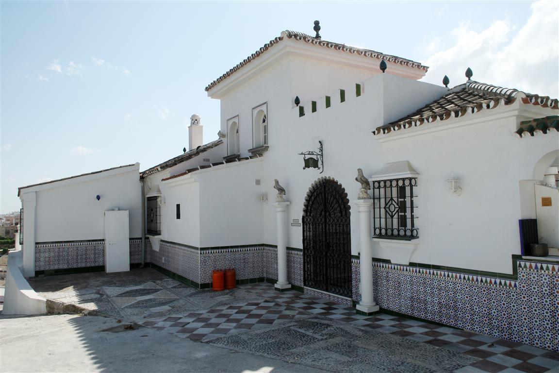 Villa en Venta en Coín