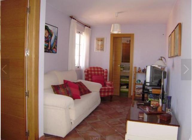 4 Bedroom Detached Townhouse For Sale Málaga