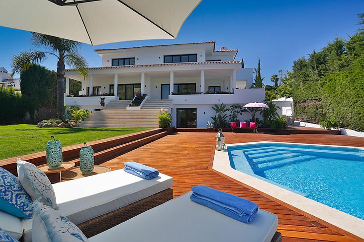 Villa 6 DORMITORIOS Nueva Andalucia