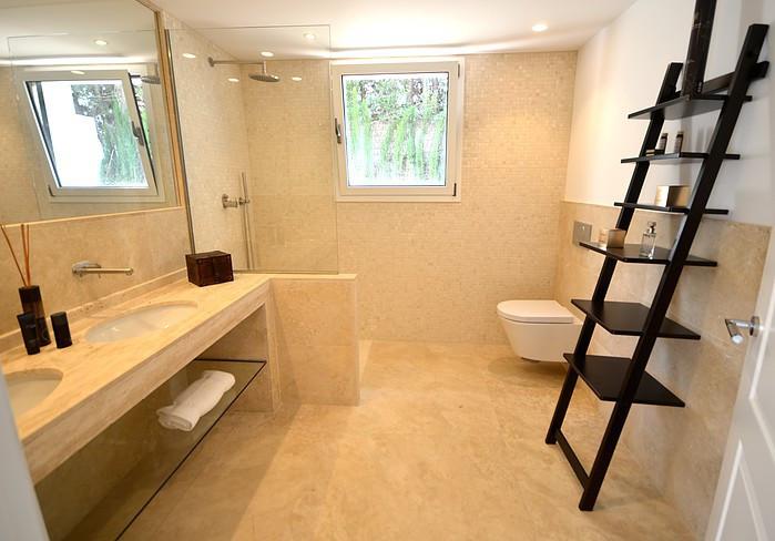 6 Dormitorio Villa en venta Nueva Andalucía