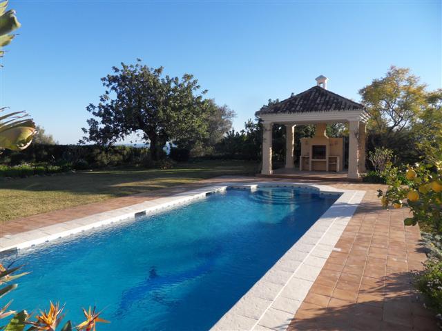 House in Los Monteros R1934523 12