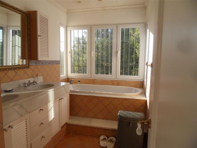House in Los Monteros R1934523 19