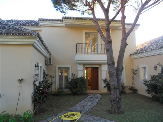 House in Los Monteros R1934523 21