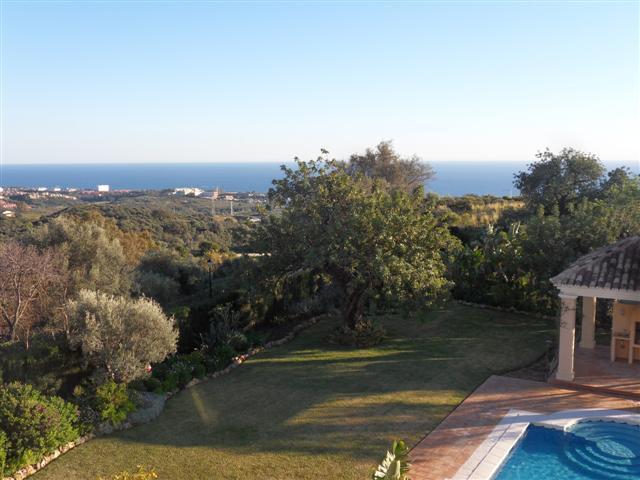 House in Los Monteros R1934523 27