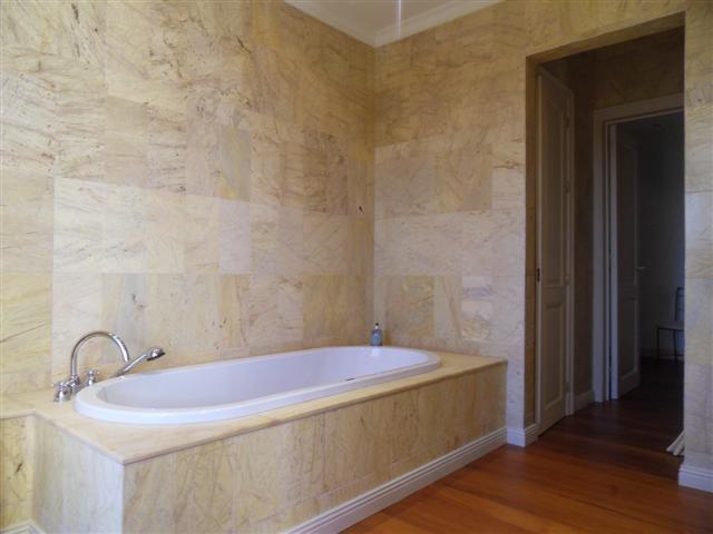 House in Los Monteros R1934523 3