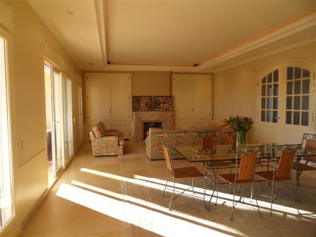 House in Los Monteros R1934523 7