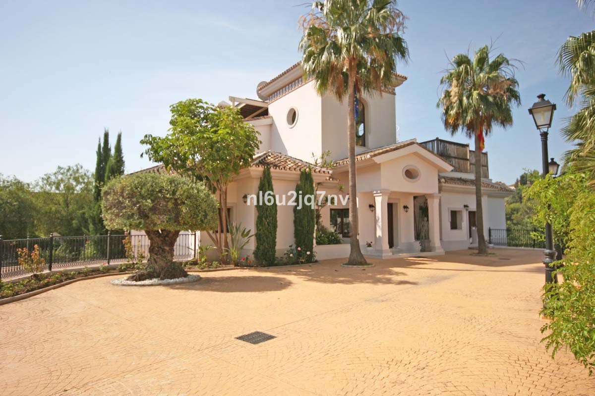 6 bedroom villa for sale la quinta