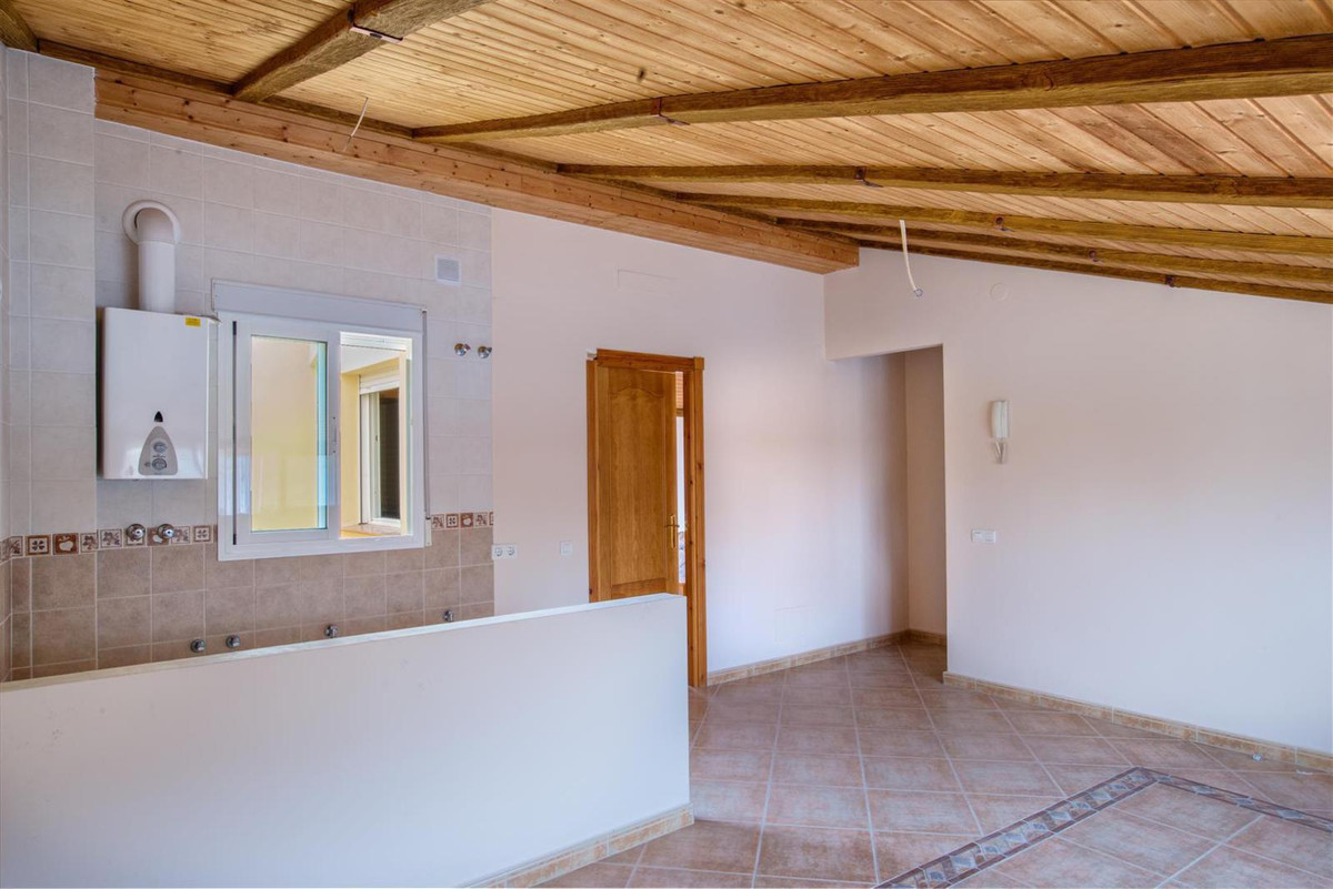 1 Dormitorios - 1 Baños