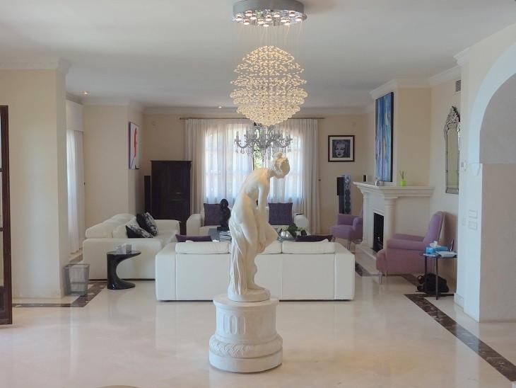9 Bedroom Villa For Sale - Sierra Blanca