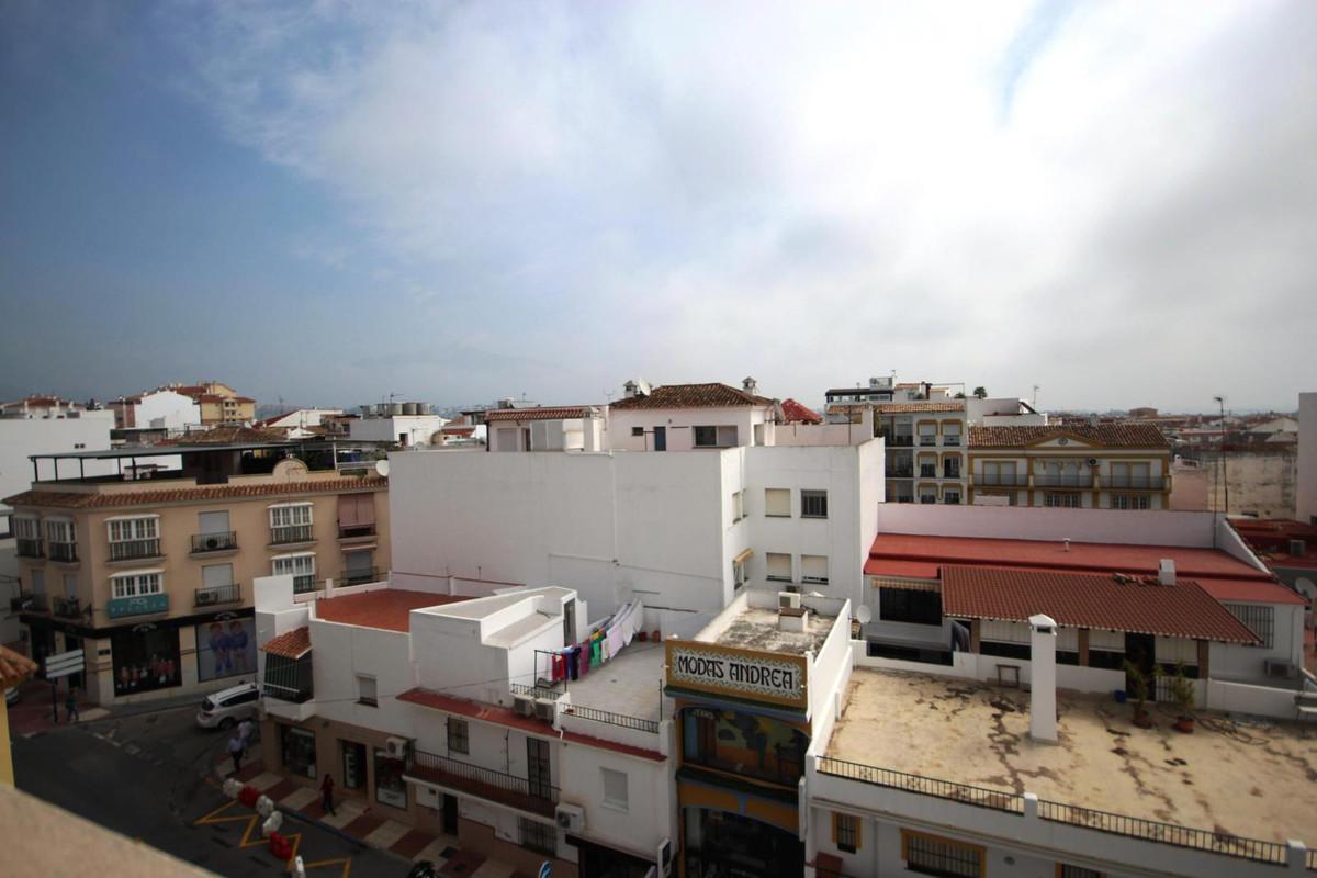 Apartamento 4 DORMITORIOS San Pedro de Alcantara