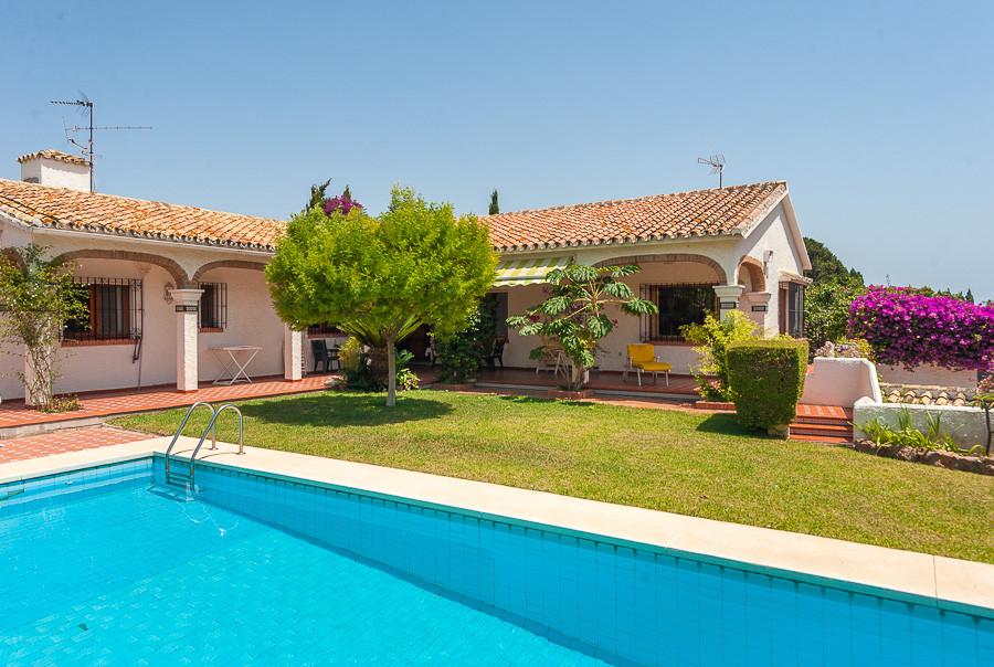 Villa te koop in Torremolinos R2706146