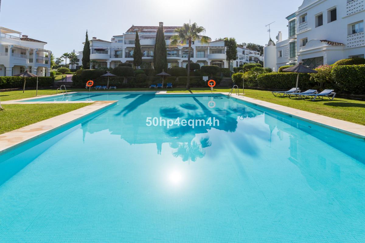 Stunning ground floor apartment in Ribera del Guadalmina in Guadalmina Alta, Marbella  This spacious,Spain