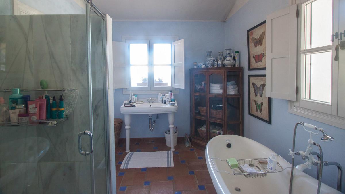 House in Algatocin R3431773 13