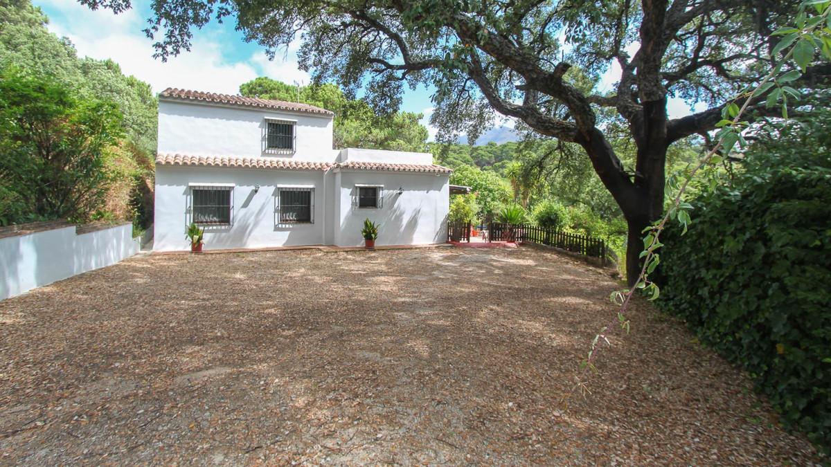 Villa con 5 Dormitorios en Venta Casares